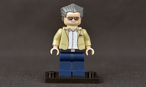 Minifigures.com Stan Lee Unboxed Front